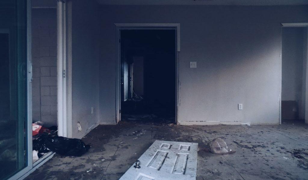 貧乏な部屋