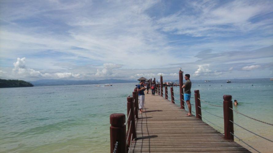 コタキナバル市内からマヌカン島までの行き方。マヌカン島は広くてゆったりと過ごせます